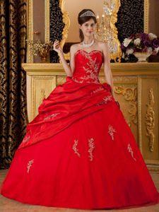 Appliques Red Sweetheart Pick-ups Taffeta Quinceanera Dress