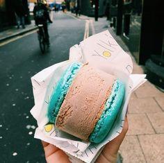Macaron Ice Cream Sandwich | Alexandra Dye