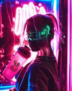 cyberpunk art These glasses are so siccckkk Cyberpunk Kunst, Cyberpunk Girl, Cyberpunk Fashion, Cyberpunk 2077, Cyberpunk Aesthetic, Neon Aesthetic, Korean Aesthetic, Aesthetic Drawing, Neon Photography