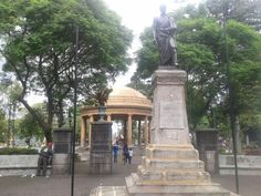 Estatua de Simon Bolivar. Parque Morazan