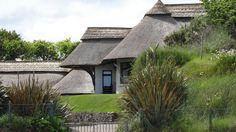 Rozprávkové chalúpky so slamenými strechami, Írsko | Living Styles