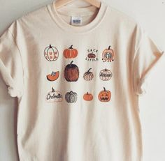 Pumpkin T-Shirt Halloween Shirt Screen print shirt Foodie Gift Clothing Gift - Fall Shirts - Ideas of Fall Shirts - 𝘦𝘮𝘮𝘪𝘦𝘭𝘰𝘶𝘪𝘴𝘦 Looks Halloween, Halloween Shirt, Halloween Clothes, Halloween Fashion, Halloween Doodle, Halloween Season, Halloween Pumpkins, Happy Halloween, Mode Outfits