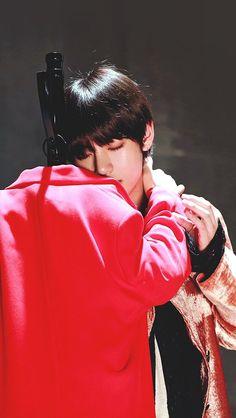 This is a Community where everyone can express their love for the Kpop group BTS Namjoon, Kim Taehyung, Seokjin, Jimin, Bts Bangtan Boy, Foto Bts, Jung Hoseok, K Pop, Frases Bts