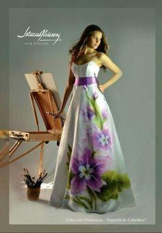 Eid Dresses, Quinceanera Dresses, Winter Dresses, Summer Dresses, Hand Painted Dress, Painted Clothes, Dress Painting, Fabric Painting, Abaya Fashion