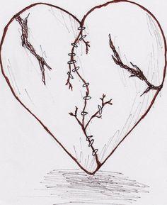 Tatouage Coeur Idees Pour Un Petit Style Broken Heart