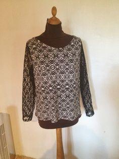 T-shirt en jersey imprimé manche longue en dentelle taille 42. : T-Shirt, debardeurs par l-atelier-de-cissou