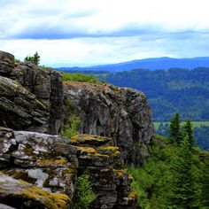 HE MOST BEAUTIFUL PLACES IN OREGON YOU DIDN'T KNOW EXISTED  BYMICHELLE UDEM  SHAREON FACEBOOK