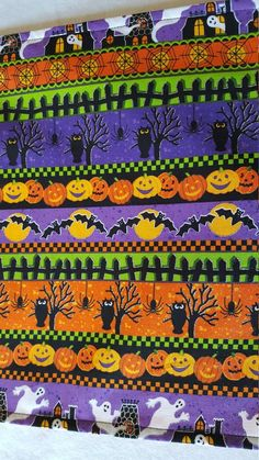 Your place to buy and sell all things handmade Halloween Wine Bottles, Owl Pumpkin, Halloween Table Runners, Halloween Quilts, Table Runner Pattern, Gift Table, Table Covers, Ghosts, Pumpkins