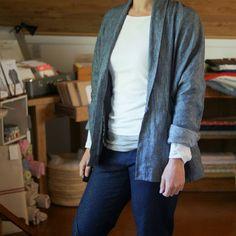 IAM Patterns the Artemis Coat/Jacket beautifully sewn by MissMaudenz in Merchant and Mills Linen https://www.instagram.com/missmaudenz/