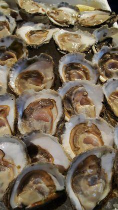 """¿Sabías que las ostras son llamadas las """"reinas del zinc"""" por ser los animales marinos que contienen la mayor cantidad de este hierro fantástico para la salud de los ojos?"""