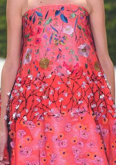 "STAMPE E PATTERNS NELLE SFILATE DI PARIGI ""HAUTE COUTURE"" PRIMAVERA/ESTATE 2013 Christian Dior"