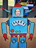 robot birthday party - robot photo face in a hole and photo booth ideas Lego Birthday, 3rd Birthday Parties, Birthday Ideas, Kid Parties, Party Pictures, Birthday Pictures, Gadgets And Gizmos Vbs, Robot Picture, Picture Booth