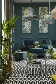 A decorative green and trendy with the collection of the winter garden. Sage Living Room, Home And Living, Living Room Decor, Dining Room, Salon Art Deco, Scandinavian Living, Home Trends, Luxury Interior Design, Interior Inspiration