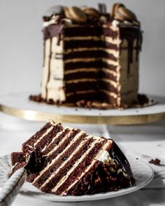 I made another cake!and this time I recorded itI know it's not all springy like my lemon poppyseed cake butttttt just look at Chocolate Cake With Coffee, Coffee Cake, Coffee Coffee, Sweet Recipes, Cake Recipes, Dessert Recipes, Just Desserts, Delicious Desserts, Gateaux Cake