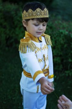Prince Charming suit Disney Cinderella outfit Halloween costume for boy gold crown wedding ring bear Prince Charming Halloween Costume, Prince Costume, Disney Halloween Costumes, Boy Costumes, Halloween Outfits, Mickey First Birthday, Prince Birthday Party, Prince Party, Cinderella Outfit
