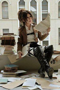 SnK/AoT: Hanji cosplay