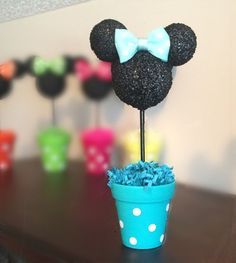 *****Buy More and SAVE!!!! **********  5 Minnie Centerpieces for $55!! Save $10!