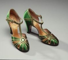 Designed by Palter De Liso for David Jones Limited, Australia, 1925-1935 - Powerhouse Museum Collection. #vintage #fashion #shoes