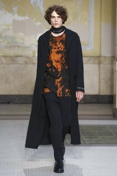 The Croatian-German designer, who relocated his business from Paris to Milan last year, took the opportunity to align his menswear and womenswear, showing them together, and to promote Macao, a new...