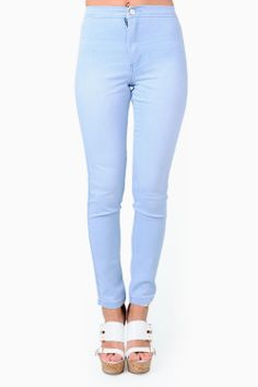 Be on trend by stepping out on this high waisted denim jeggings. Team these skinnies with a crop t-shirt and platform shoes for a quirky outfit. Waisted Denim, Platform Shoes, Jeggings, Light Blue, Skinny Jeans, T Shirt, Pants, Outfits, Style