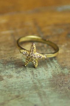 Starfish Shimmer Ring ~ Catches the sunlight beautifully ;)