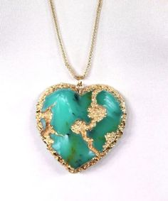 Heart shape natural stone necklace