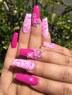 42 Cutest Pink Nail Arts & Images for 2018. Here you can see the collection of most beautiful and cute pink nail art designs with long nails to show off in 2018. Visit here and choose your favorite design of nail art so that you may get cutest hand's look in 2018. As we all know, pink is one of the most liked colors among ladies to wear with hair and nails.