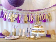 LITTLE JUBILEE   PARTIES   SAN FRANCISCO  Fun birthday garland!