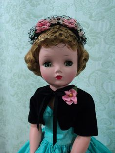 "VINTAGE Madame Alexander Cissy Doll 1956  - 22"" tall doll!  What a face!"