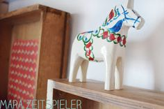 Alte Schubladen mit Dalapferd - old drawers with Dalahorse
