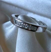 BEAUTIFUL 925 STERLING SILVER & WHITE SAPPHIRE RING ~ SIZE 6,  FREE SHIPPING,