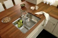 laminate wood countertops, I actually love the way this looks