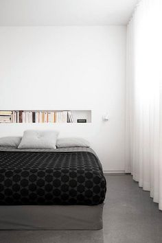 What's Hot Right Now: Spring Bedroom Decor! Dream Bedroom, Home Bedroom, Master Bedroom, Bedroom Decor, Bedroom Curtains, La Shed Architecture, School Architecture, Bedroom Minimalist, Minimal Bedroom