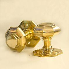 Prima Brass Octagonal Interior Door Knobs 50mm At Door furniture ...