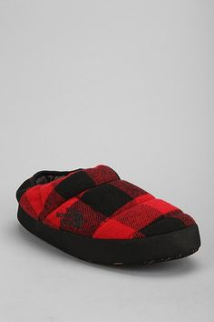 Toasty tent mule slipper from The North Face. #huntedandgathered