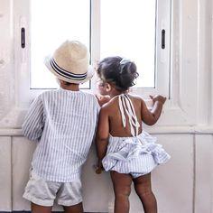 """2,691 Me gusta, 70 comentarios - Jenny (@mypetitpleasures) en Instagram: """"Nuevo Post Estos dos marineros vestidos de @by.littlec 😍💙 ¿Qué se contarán? Buenas noches 😘"""""""