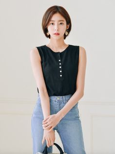 Pin by Patrick on Korean in 2020 Asian Short Hair, Short Thin Hair, Asian Hair, Girl Short Hair, Short Hair Cuts, Korean Short Hairstyle, Short Hair Korean Style, Short Hair Fashion Outfits, Uee After School