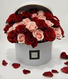 Bloom Box | Maison M Floral #maisonm #maisonmfloral #bloombox #rosebox #rose #signatureproduct