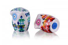 Porcelanowa solniczka i pieprzniczka / Porcelain Salt & Pepper Shaker [SillyDesign] -> Zitolo.com Piggy Bank, Stuff To Buy, Porcelain Ceramics, Money Box, Money Bank, Savings Jar