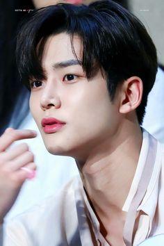 Kpop, Joon Hyuk, Taehyung, Sf 9, Fnc Entertainment, Kdrama Actors, Worldwide Handsome, Bts Korea, Good Looking Men