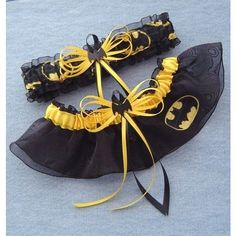 Batman Wedding Garter Set Black Bat with Gift Box - Batman Wedding - Ideas of Batman Wedding - Batman wedding garter. omg tom would die. this would be a great addition WITH my nice garter of course Batman Wedding, Geek Wedding, Our Wedding, Dream Wedding, Wedding Stuff, Wedding Things, Comic Wedding, Summer Wedding, When I Get Married