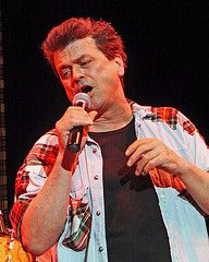 Les McKeown of the Bay City Rollers Rollermania (Daves Portfolio) Tags: concert live gig eastbourne baycityrollers congresstheatre rollermania lesmckeown