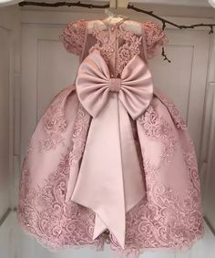 Luxurious Pearls Beaded Pink Flower Girls Dresses Wide Pleated Lace Overlay little Girls Ball Gowns for Wedding 2 12 Years Old Flower Girls, Cheap Flower Girl Dresses, Little Girl Dresses, Girls Dresses, Kids Gown, Communion Dresses, Baby Girl Fashion, Pink Girl, Baby Dress