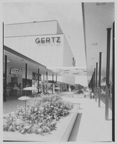 Mid Island Plaza in Hicksville by gregchris66, via Flickr, not enclosed