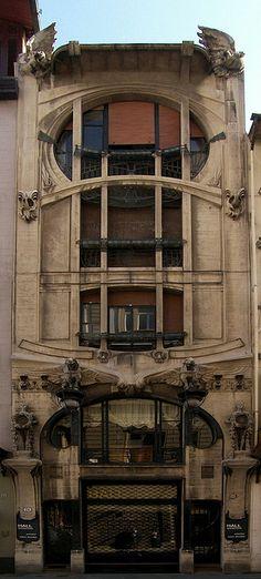 Casa Galleria/ Liberty Palace. 1911. Florence, Italy. Art Nouveau. Florentine architect Giovanni Michelazzi