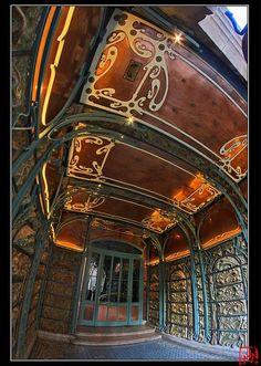 Metallic Sculpture : Castel Béranger Hector Guimard 5/5 by mamnic47 via Flickr | JV