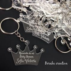 Acrylic keychains for baby showers # souvenirs # gifts # acrylics # laser # lasercutting # engraving # parties by berakacreativa Quinceanera Planning, Quinceanera Decorations, Quinceanera Party, Birthday Party Celebration, Birthday Parties, Birthday Deals, Themed Parties, Quince Invitations, Party Invitations