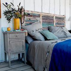 3 cabeceros de cama de madera DIY muy baratos: Cabecero de cama de madera con listones en horizontal
