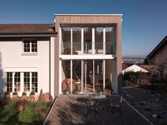 The Autumn House by Daniele Claudio Taddei Architect (3)