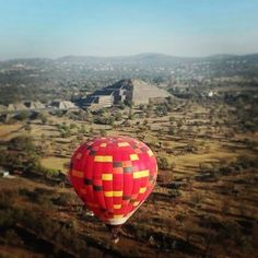 """Morning flight... #visitmexico #events #ballonflight #teotihuacan #tabisalad"" by @lux_dmc. #이벤트 #show #parties #entertainment #catering #travelling #traveler #tourism #travelingram #igtravel #europe #traveller #travelblog #tourist #travelblogger #traveltheworld #roadtrip #instatraveling #instapassport #instago #여행 #outdoors #ocean #mytravelgram #traveladdict #world #hiking #lonelyplanet #event #weddings #dj #birthday #edm #nightlife #club #rave #housemusic #partytime #drinks #tomorrowland…"
